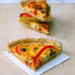 Pasta brisè e la Quiche Lorraine al peperone e salsiccia