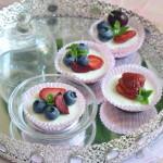 Bocconcini di mini cheesecake ai frutti di bosco… e un grazie detto col cuore.