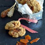 Cookies vegani allo zenzero e caramello