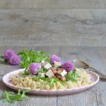 Insalata di quinoa, tofu e trifoglio
